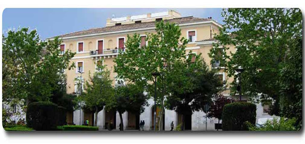 Il Palazzo delle Statue (Foggia, Piazza Italia)